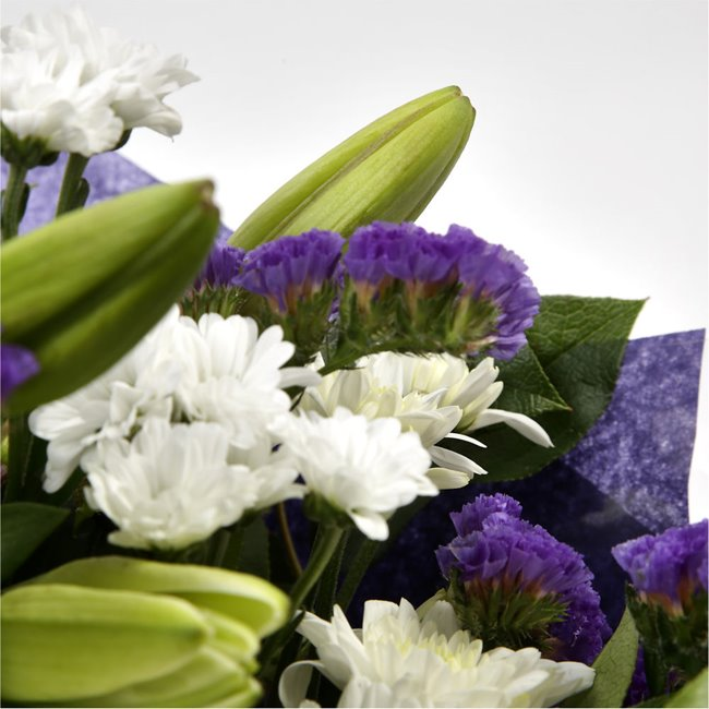 additional image for Luxury White Bouquet