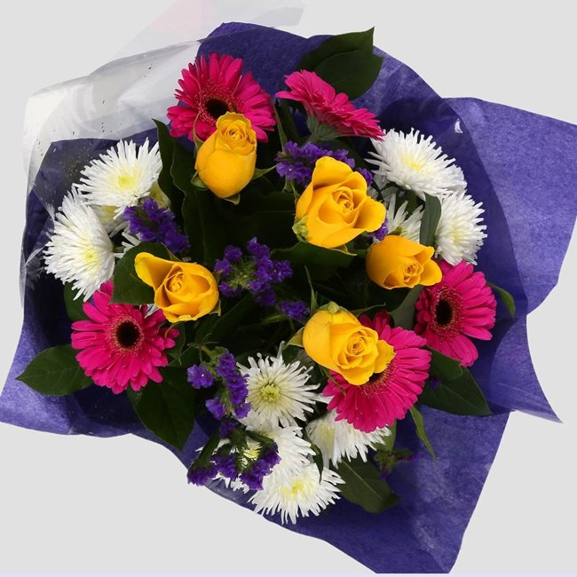 additional image for Mothers Day Balloon & Star Burst Bouquet -Clear Savings-Clear Prices