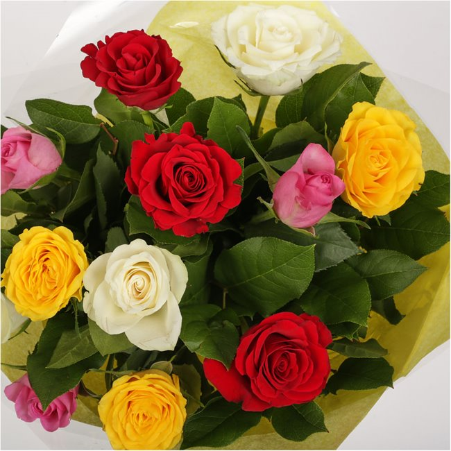 additional image for 12 Beautiful Mixed Roses