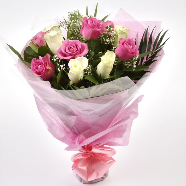 additional image for Pink & White Roses