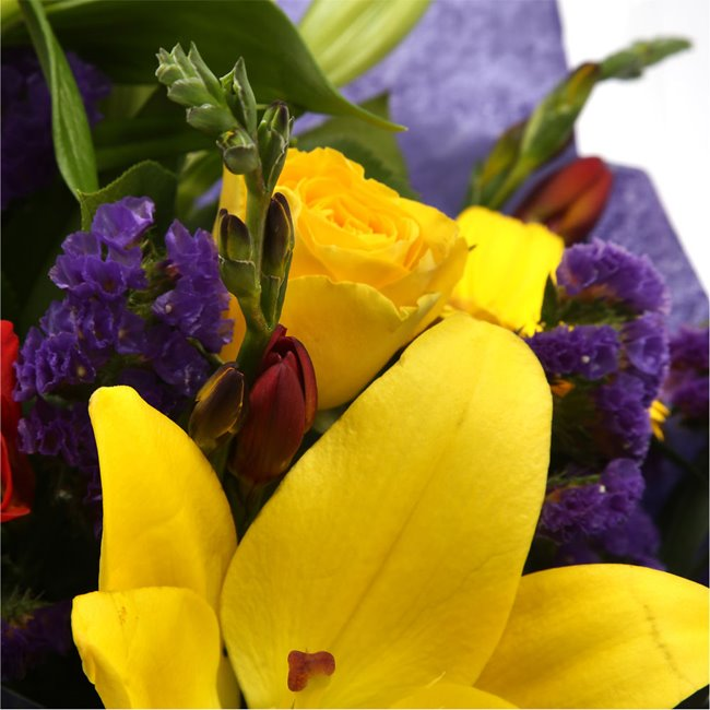 additional image for Vibrant Bouquet Delight
