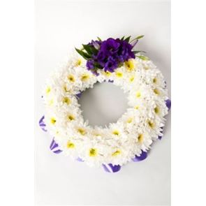 Open White Wreath