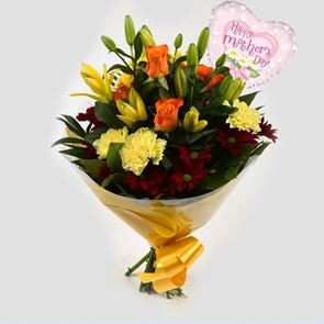 Mothers Day Balloon & Red Sunshine Bouquet