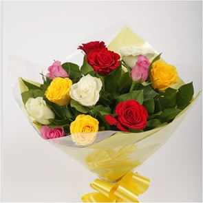 12 Beautiful Mixed Roses