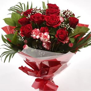 Red Blush Delight Bouquet