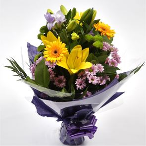 Scented Lilly & Freesias Bouquet